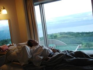洞爺湖ベッドからの眺め