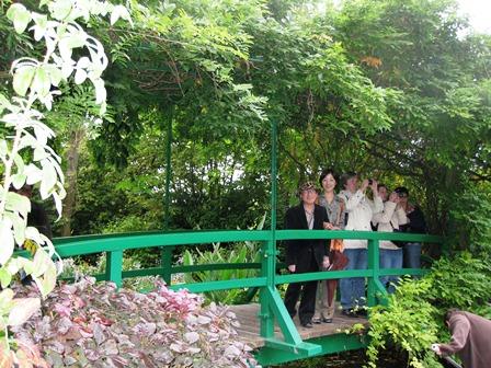 ジベルニーのモネの庭 睡蓮の池